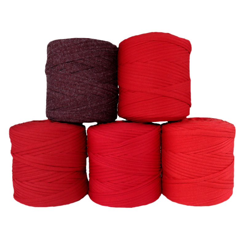 Red Group T-Shirt Yarn