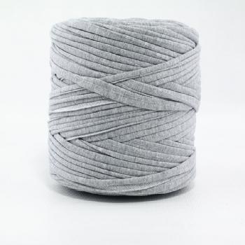 White-Black Group T-Shirt Yarn